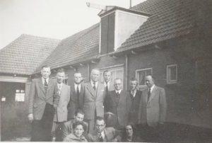 Noodraadhuis_medewerkers_maart_1954