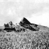 9 september: zoon en  kleinzonen gesneuvelde vliegers WOII bezochten de Wieringermeer