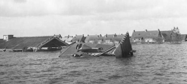 April 1945, Berend Vos uit Middenmeer vertelt over onderwaterzetting.